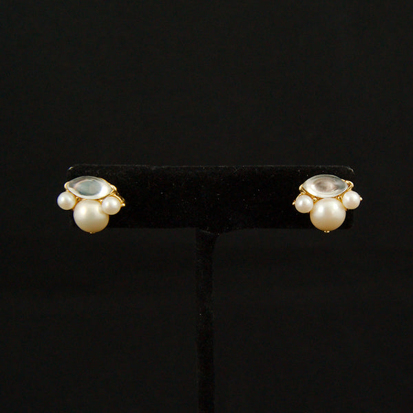 Pearl & Gold Earrings