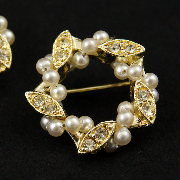 Pearl Wreath Scatter Pins