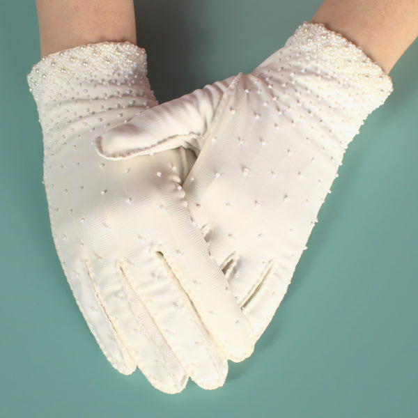 Short Pearl & Bead White Gloves