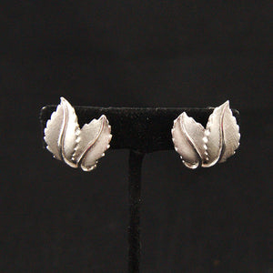 Silver Textured Leaf Earrings - Cats Like Us