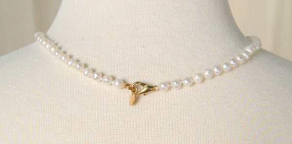 Single Gold Pearl Necklace
