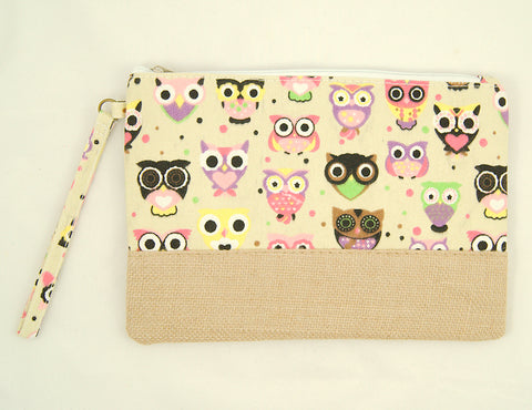 Wide Eyed Owl Makeup Bag