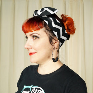 Black & White Chevron Hair Tie by Krampus Cuties : Cats Like Us
