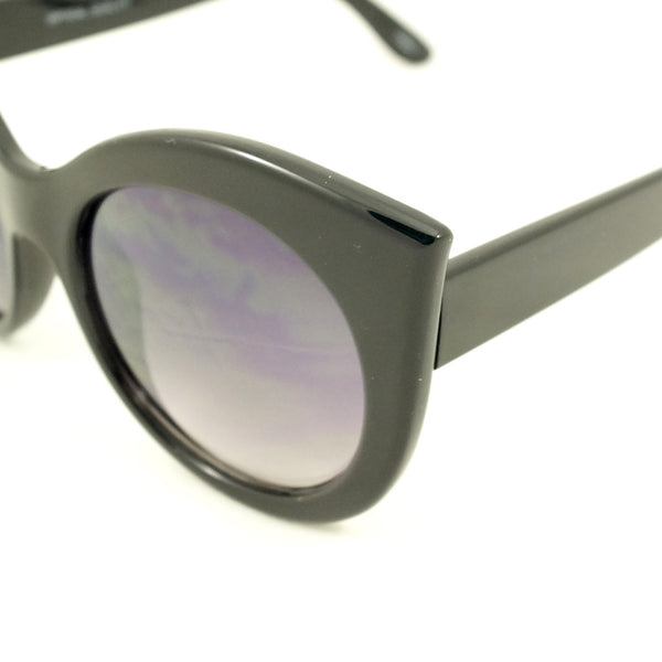 Black Point Cat Eye Sunglasses by LA Sunglasses : Cats Like Us