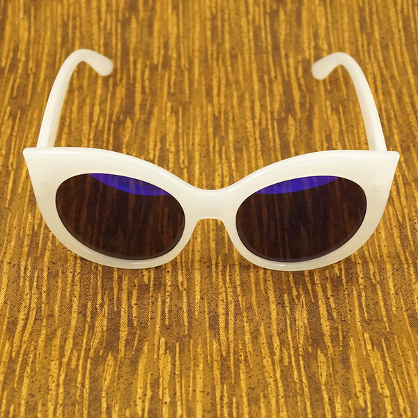 LA Sunglasses White Point Cat Eye Sunglasses for sale at Cats Like Us - 3