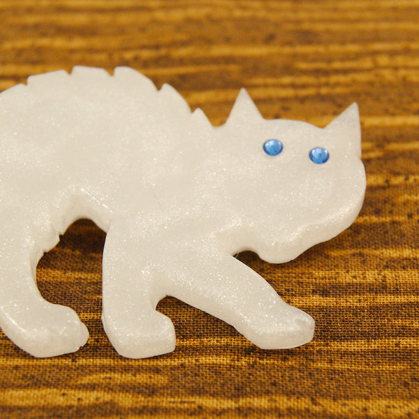 Pearl White Scaredy Cat Brooch by Match Accessories : Cats Like Us