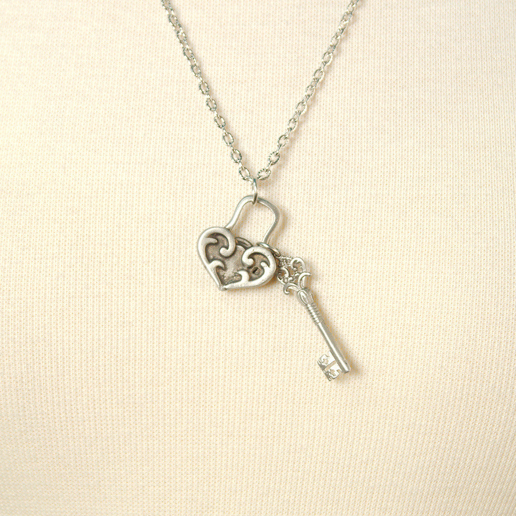 Unlock My Heart Necklace - Cats Like Us