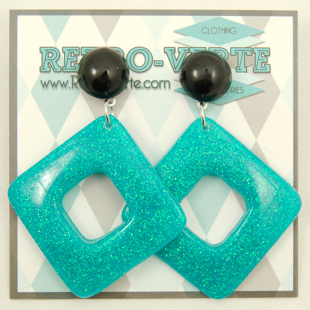 Seafoam Diamond Dangle Earrings by Retro-Verte : Cats Like Us