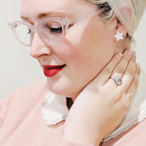 White Essential Star Earrings