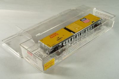 MTL-104050 - 60' Box Car, Excess Height, Single Door, Rivet Side - Union Pacific #960971