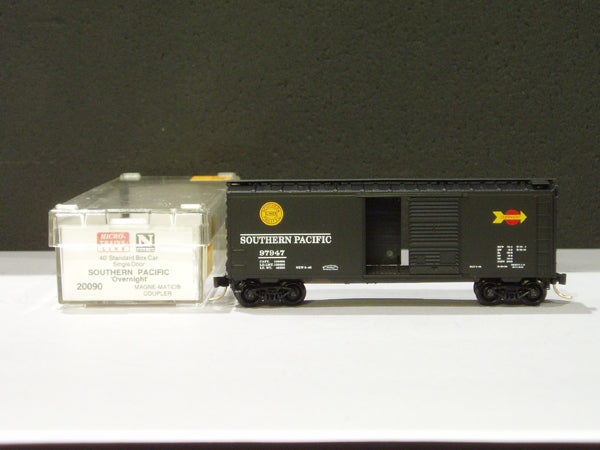 MTL-20090 - Southern Pacific 40' Standard Single Door Boxcar - #98068