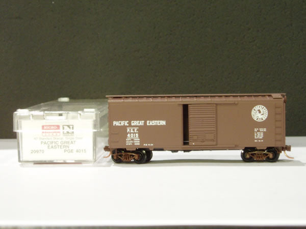 MTL-20970 - 40' Standard Box Car, Single Door - Pacific Great Eastern #4022