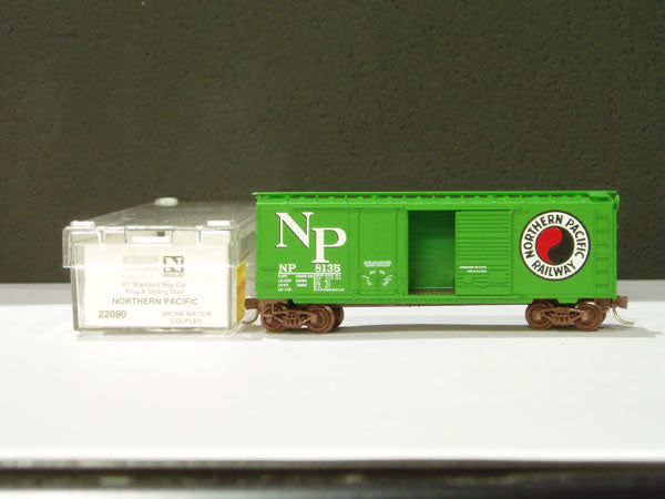 MTL-32200 - 50' Standard Box Car, Plug Door - Northern Pacific