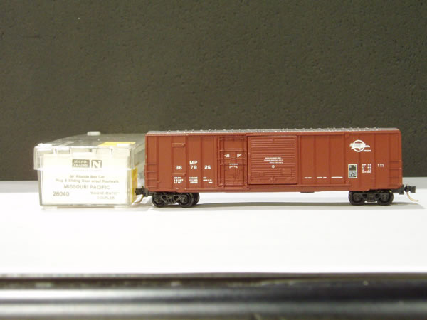 MTL-26040 - 50' Rib Side Box Car, Plug & Sliding Door, w/o Roofwalk - MP #367926