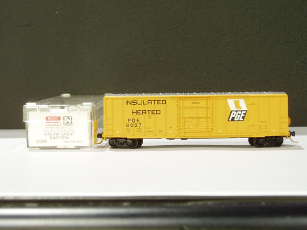 MTL-27280 - 50' Rib Side Box Car, Plug Door, w/o Roofwalk - PGE #8027