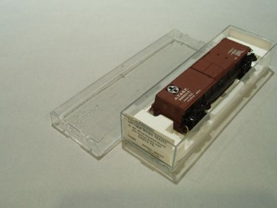MTL-39060 - 40' Double-Sheathed Wood Box Car, Single Door, w/ Vertical Brake Wheel - ATSF #38691