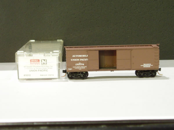 MTL-41010 - 40' Double-Sheathed Wood Box Car, 1-1/2 Door, w/ Vertical Brake Wheel - UP