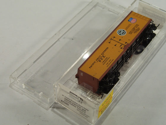 MTL-47060 - 40' Double-Sheathed Wood Reefer - Union Pacific  #18958