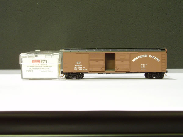 MTL-79020 - 50' Wagon Top Box Car, Double Door - Northern Pacific