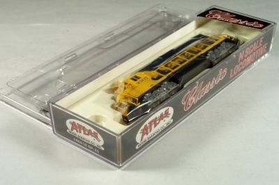 ATL-46510 - Santa Fe GP-35 Locomotive - Road #3307