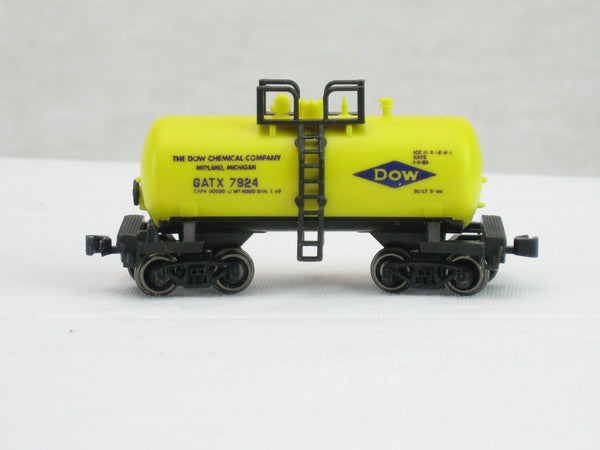 ATL-2463 - 26ft Chemical Tank Car - Dow Chemical Rd#7924 - N Scale