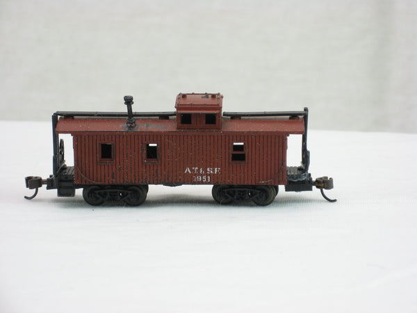 MIN-3195 - AT&SF Old Time Caboose - Road #1951 - N Scale