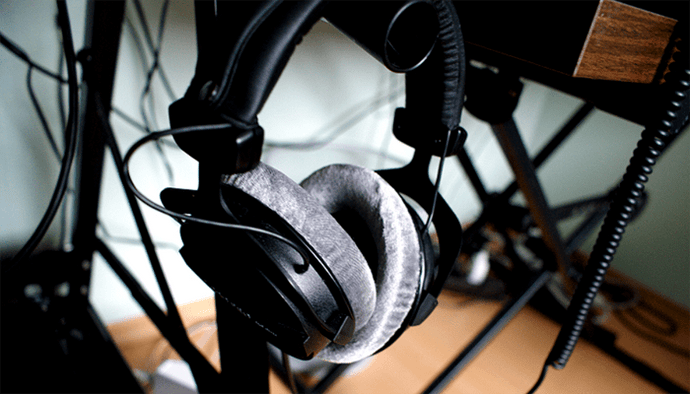 Beyerdynamic DT 990 Pro 250 Headphones Review