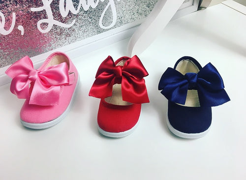 Bow Canvas Shoes