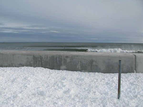 winter-wall-winter-surfing-in-New-England