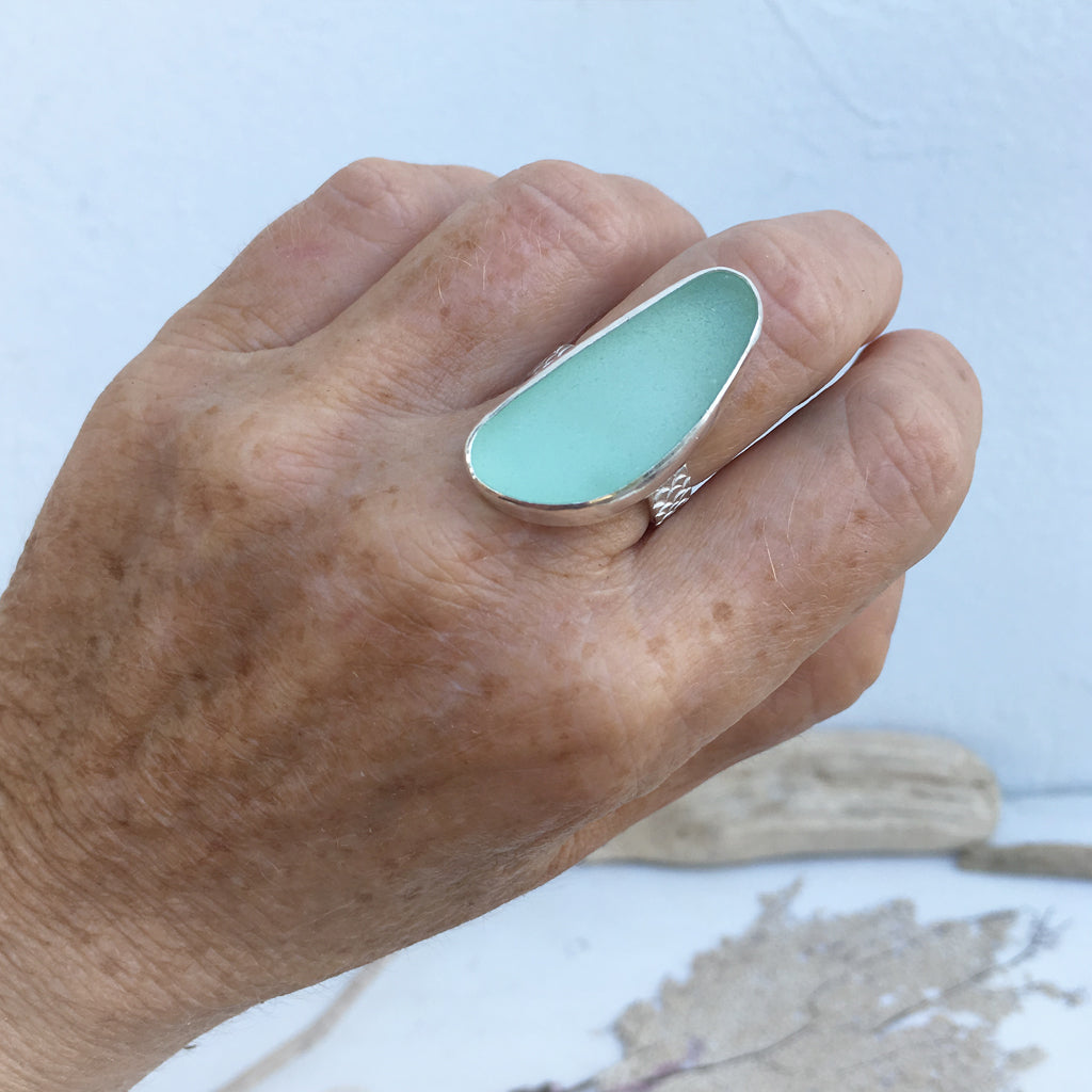 Handcrafted-Rare-Seafoam-Seaglass-and-Sterling-Silver-Statement-Ring
