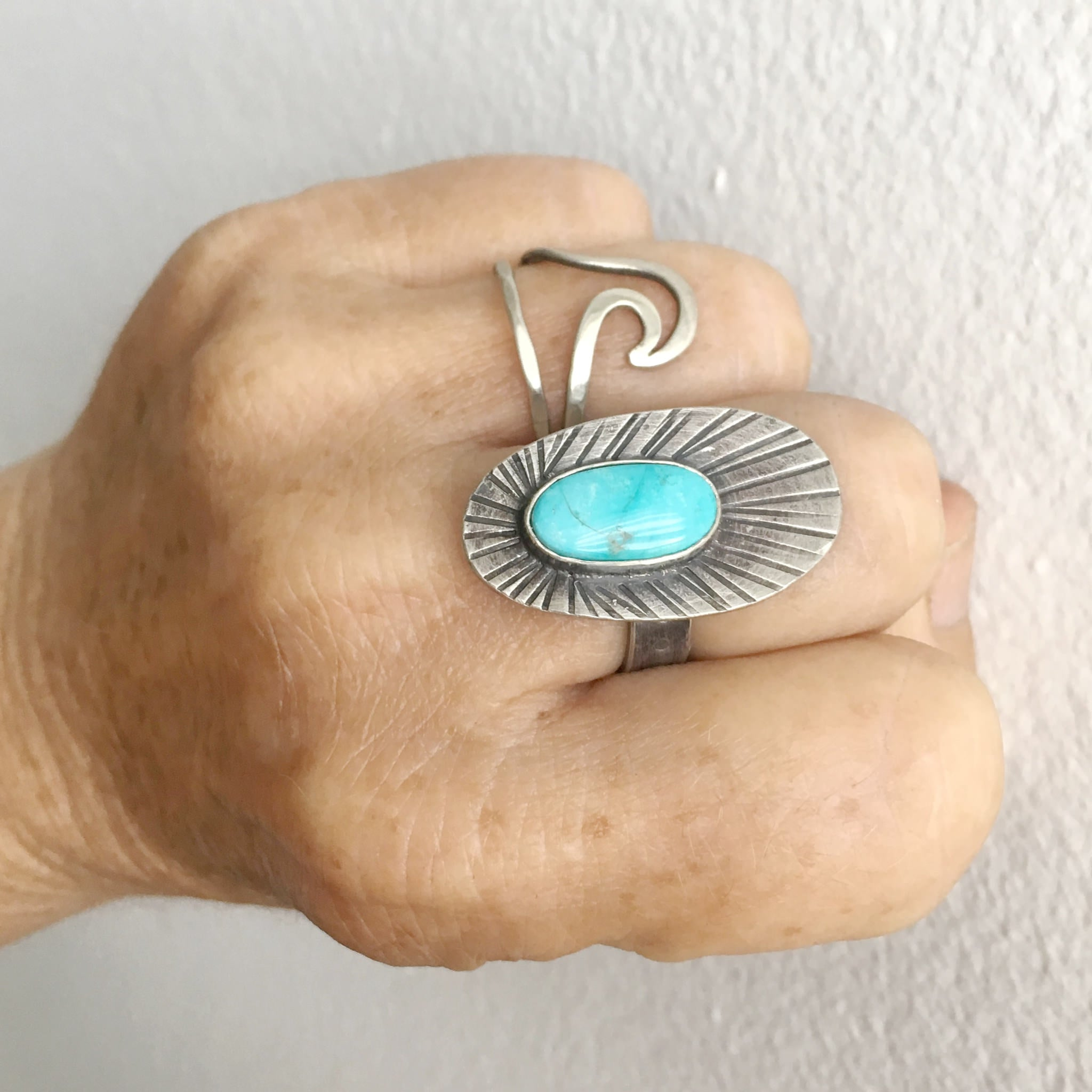 Fins and Feathers Kingman Turquoise Ring Size 7.5