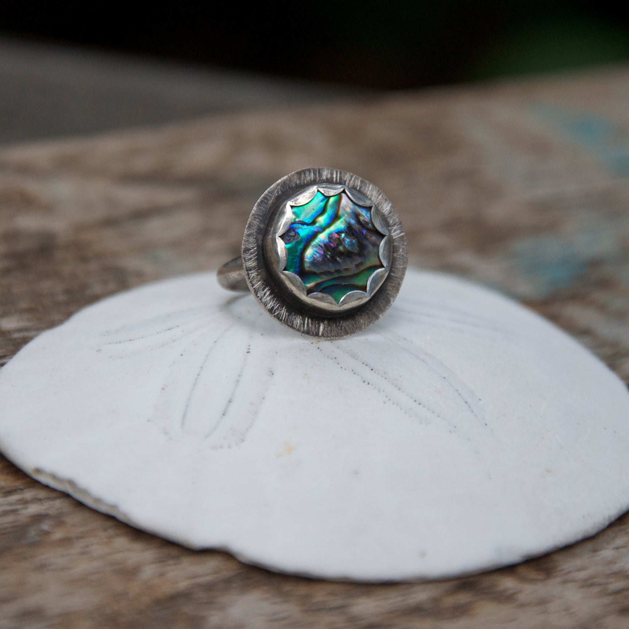 Sea-Flower-Abalone-Shell-Ring-With-Rustic-Finish