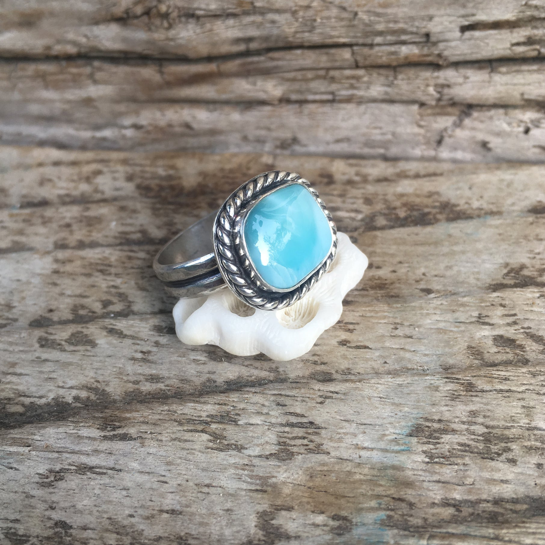 Larimar Unisex RIng with Twisted Rope Wire Detail