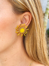 Load image into Gallery viewer, Mini Sol Earrings
