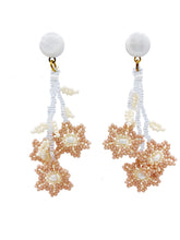 Load image into Gallery viewer, Daisy Earrings - Blush