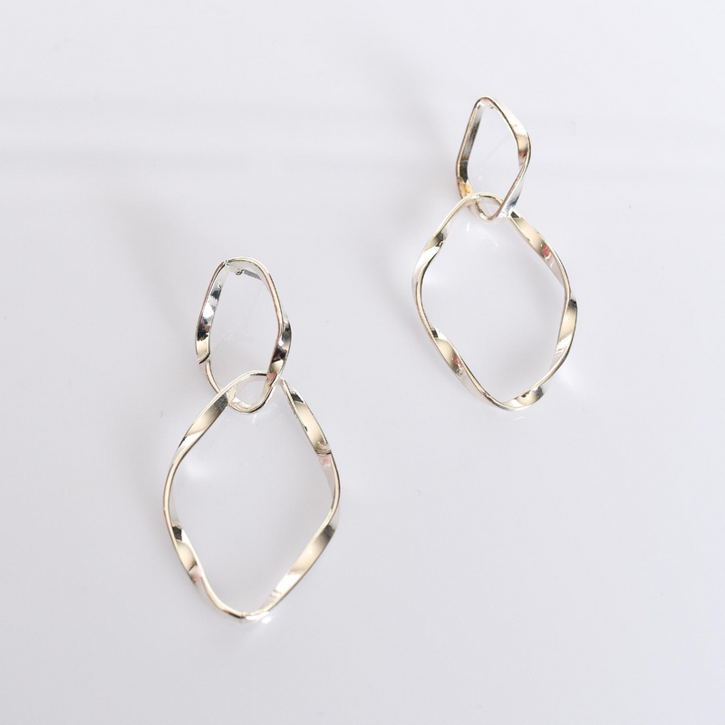 Twisted Earrings (Silver)