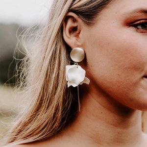 Esta Hanging Flower Earrings (Milk)