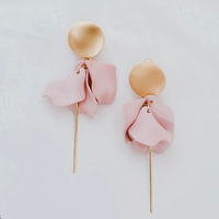 Esta Hanging Flower Earrings (Pink)