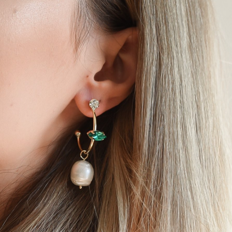 Vada Earrings (Gold/Emerald)