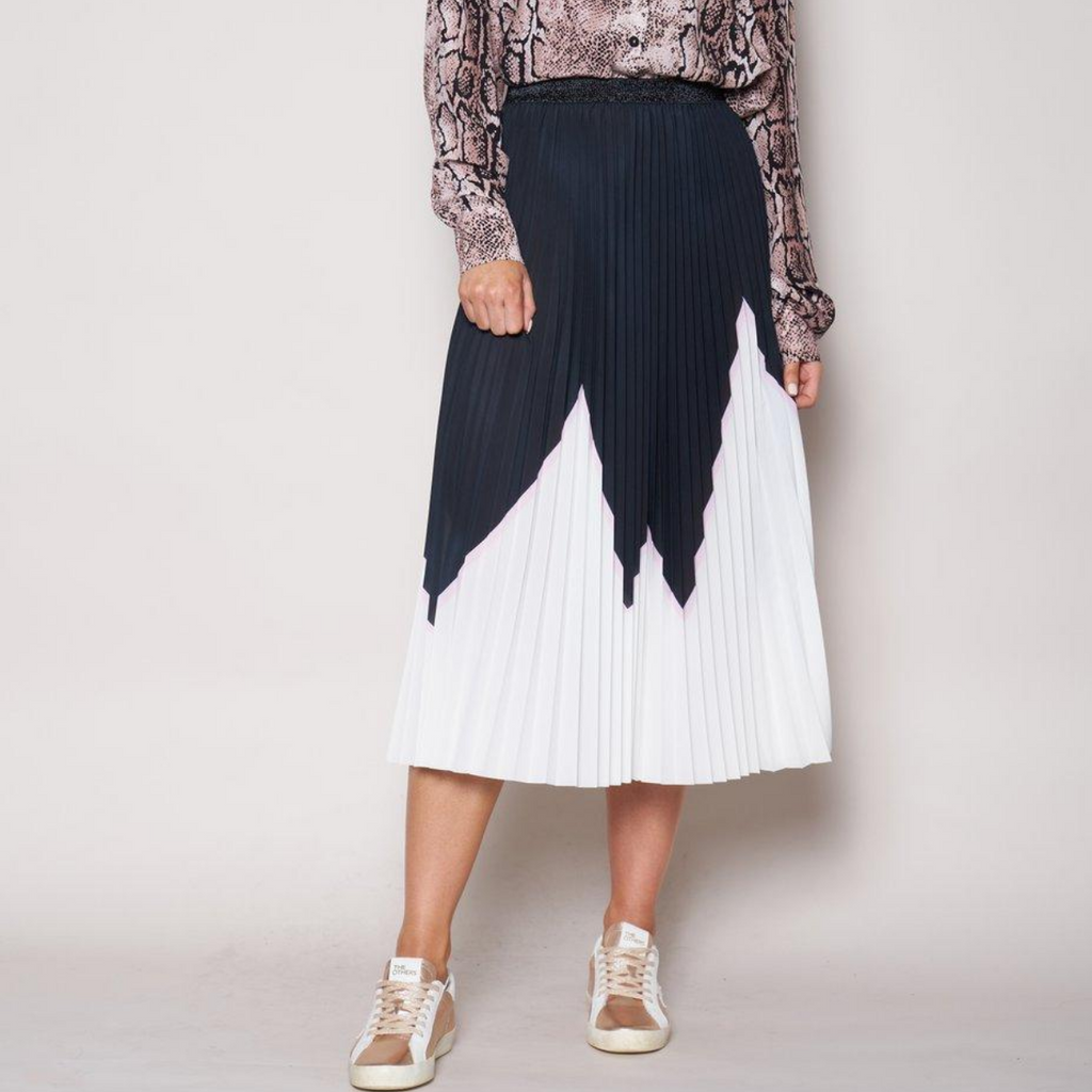 The Others Sunray Pleated Skirt (Black/White/Pink)
