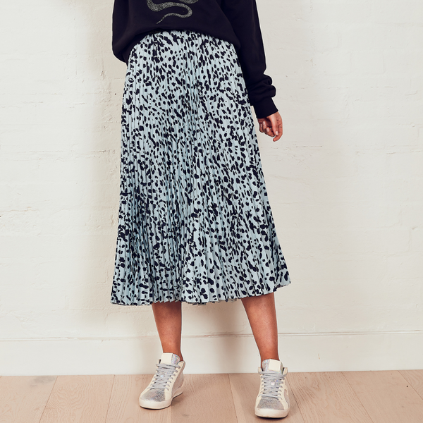 The Others Sunray Pleated Skirt (Dusty Blue Animal)