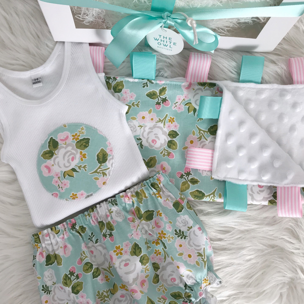 Tickled Pink Baby Gift Pack (Aqua Floral)