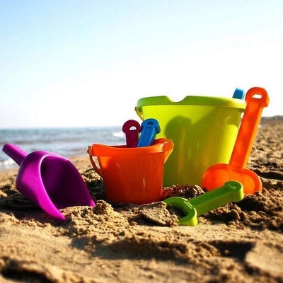 Baby Bucket Set - Miniland lifestyle
