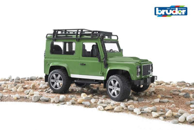 Land Rover Defender s/wagon 1:16 - Bruder play