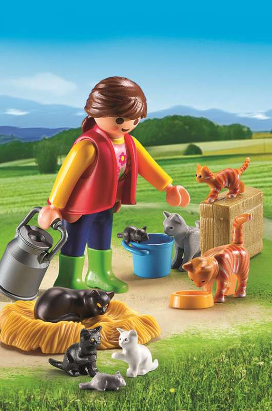 Woman with Cat Family - Playmobil