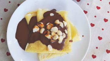 Macadamia pancakes with chocolate sauce