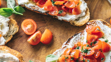 Tomato, Basil and Cashew Cheese Bruschetta