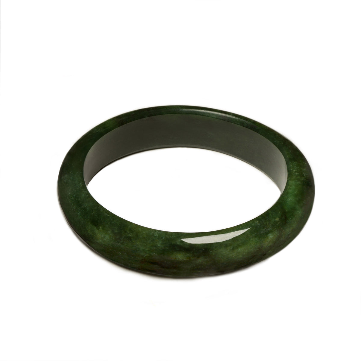 New Zealand Pounamu // RSBAN65A / 66mm (Internal Diameter) x 79mm (External Diameter)