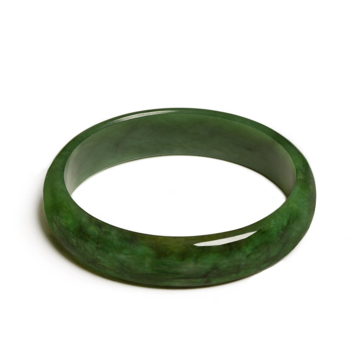 66mm Internal Diameter x 77mm External Diameter / New Zealand Pounamu // RSBAN66-2188