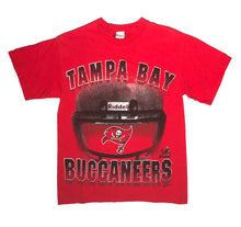 Load image into Gallery viewer, 1997 Tampa Bay Buccaneers T-Shirt (S)